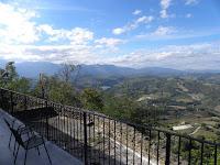 http://www.themarcheexperience.com/2015/10/smerillo-fm-bel-borgo-montano-pieno-di.html