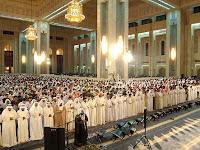 Lafadz Bacaan Doa Iftitah Dalam Sholat Lengkap dengan Artinya