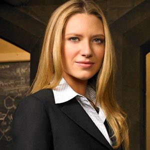 Agente Olivia Dunham (Anna Torv)