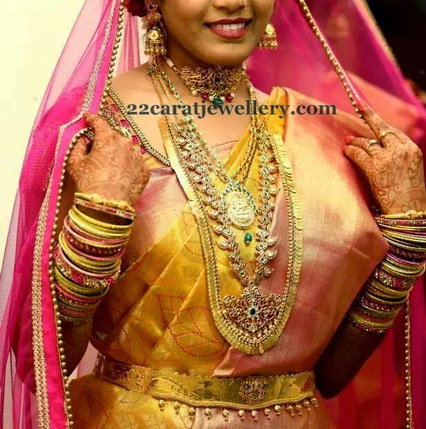Bride In Mango Haram And Choker Jewellery Designs