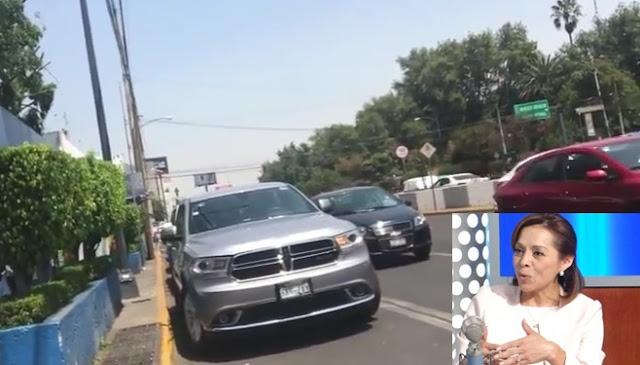 Autos en doble fila