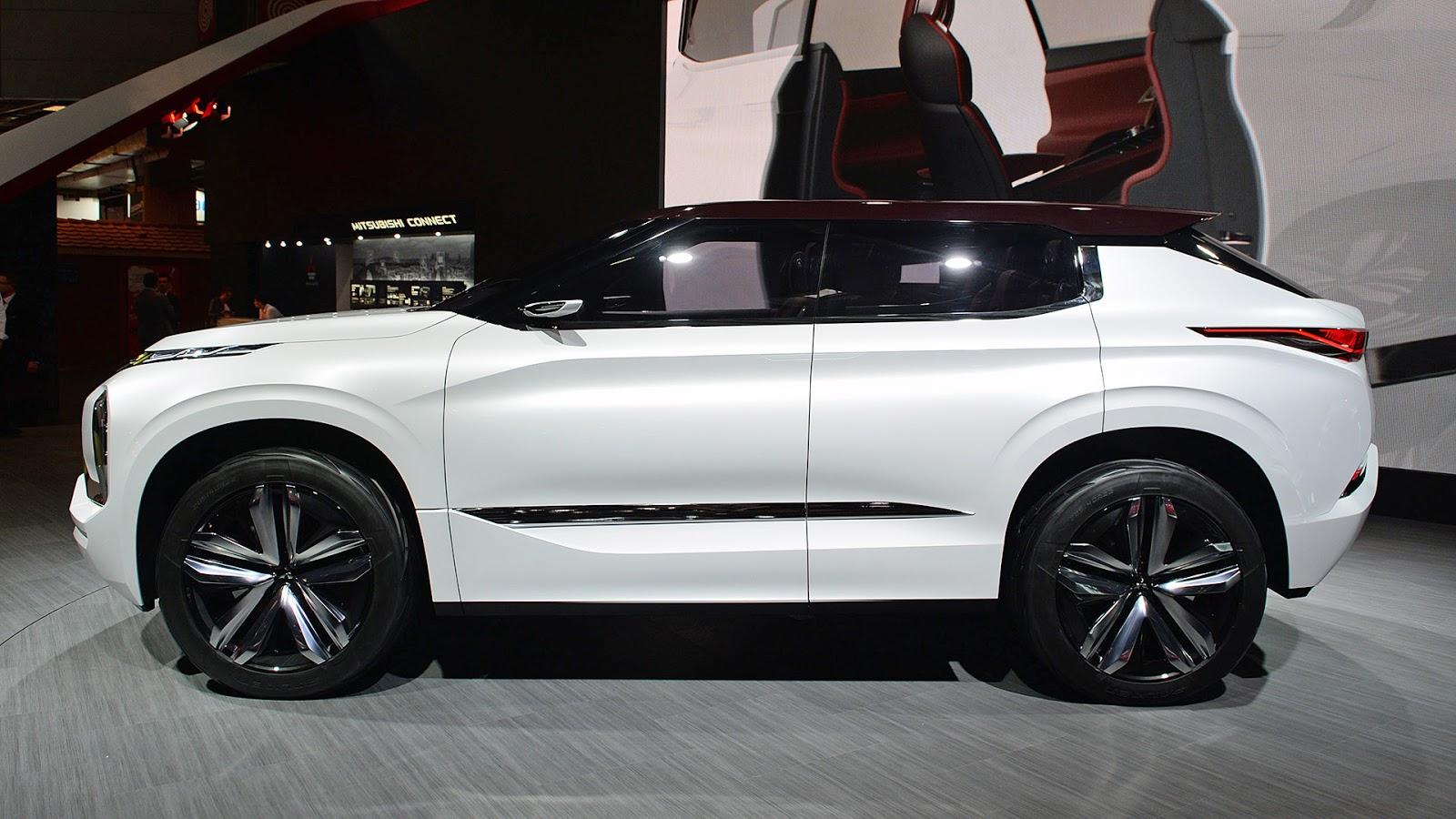 Automotiveblogz: Mitsubishi GT PHEV Concept: Paris 2016