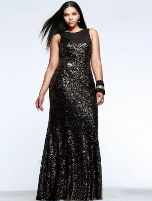 http://www.victoriasdress.fr/belle-robe-de-soiree-grande-taille-sexy-col-bateau-paillettes-tulle-mp764.html