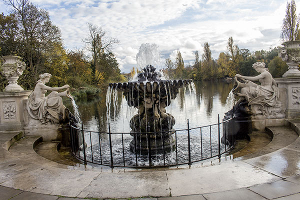 Hyde Park, London, fall, blog, post, photos, photography, park, jardin italien, italian garden,