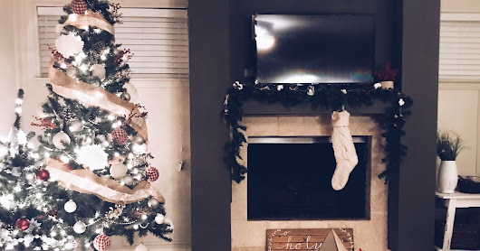 Advent- Home Sweet Home: Intentionality (& Cozy) in the Everyday