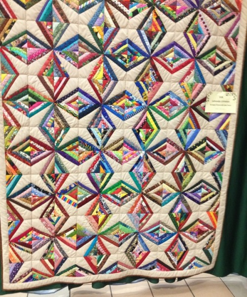 Scrappy Diamonds & stars Quilt - Tutorial