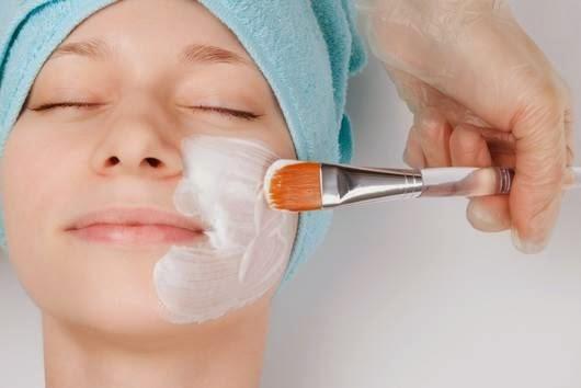 Cara Memutihkan Kulit Wajah Secara Alami dengan Cepat menggunakan masker susu