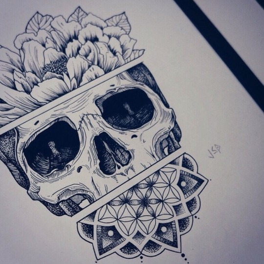 16 Creative Skull Tattoo Designs
