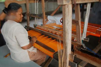 Warisan Budaya Tak Benda (WBTB) Prov Riau Tenun Siak