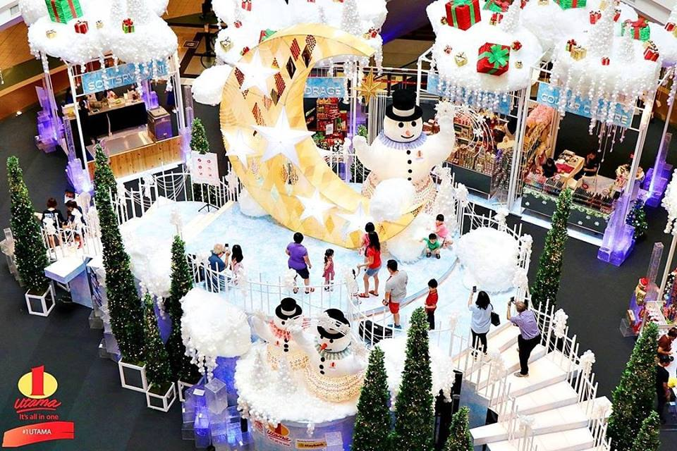 8 best christmas theme decorations for malls in malaysia thehiveia a whimsical winter wonderland has taken over 1 utama shopping mall the snowy christmas celebration is here to bring you a magical and wonderful holiday junglespirit Gallery