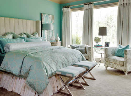 Top Secrets On How To Make Small Master Bedrooms Look