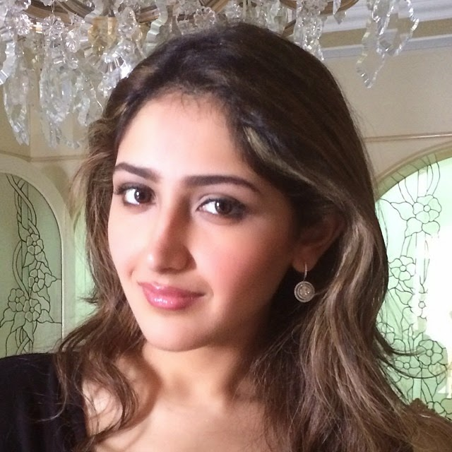 love , december , chilly , nights , party time , christmas ,, Actress Sayesha Saigal Hot Face Close Up Pics, Selfie Images