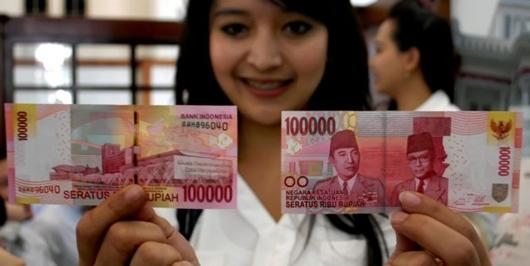 Mantap! Rupiah Menguat, Dolar AS Tumbang ke Rp 13.990