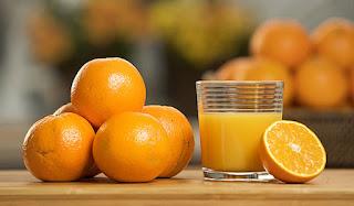 Έριξε χυμό πορτοκαλιού σε νερό που βράζει: Τι έγινε;