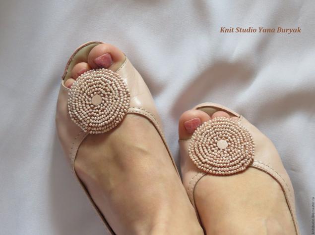 Tutorial Adorno Zapatos con 2 Circulos de Crochet