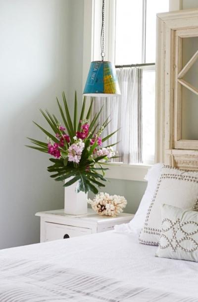 Palm Fronds Flower Bouquet Vase Idea