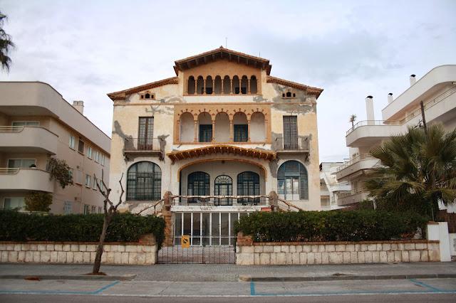 Criticart la casa vilella de sitges 1919 2017 la nova - Hotel casa vilella ...