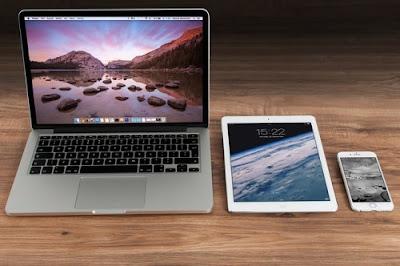Lebih Penting Laptop atau Smartphone bagi Pelajar ?