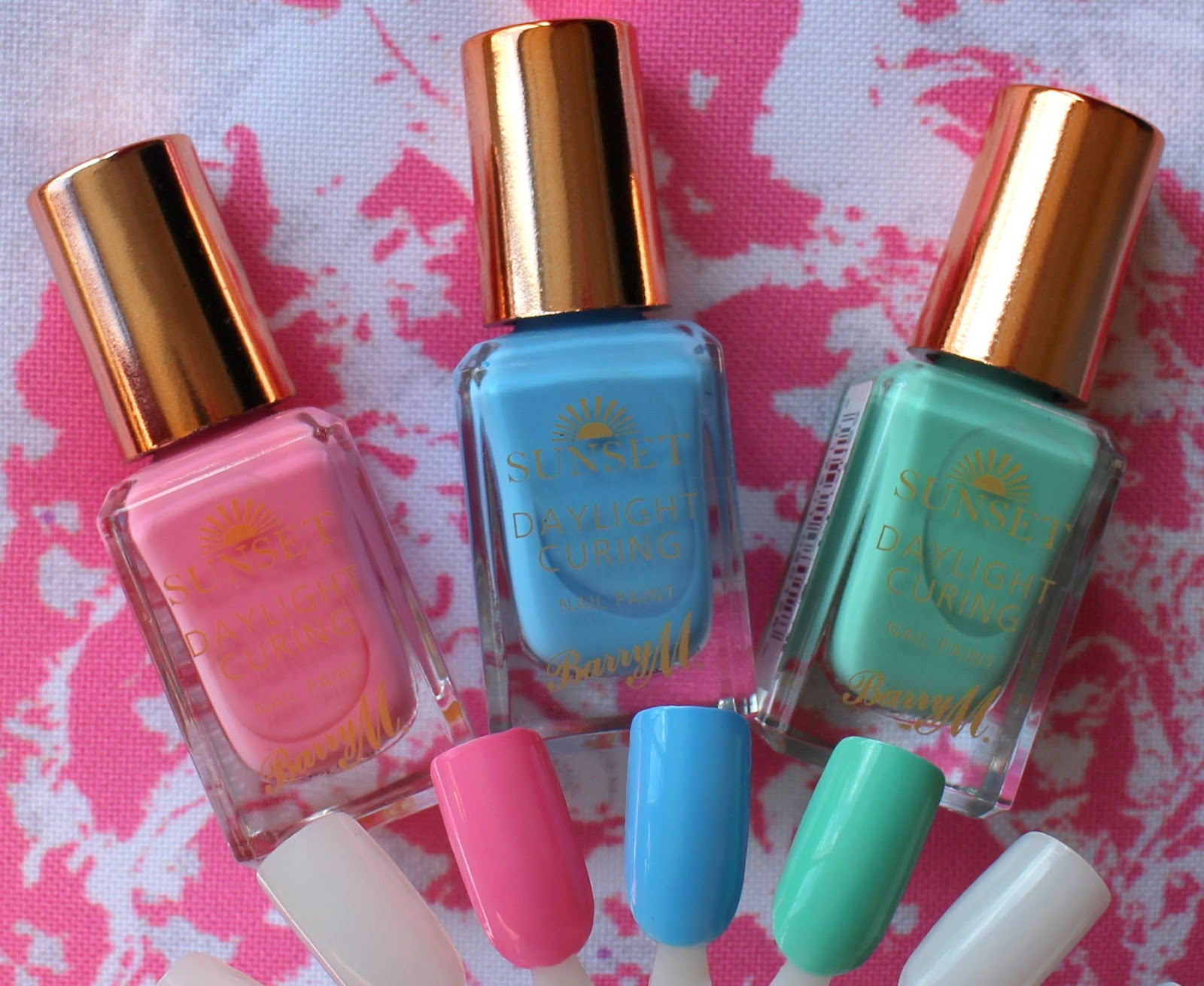 Barry M Sunset Daylight Curing: Pinking Out Loud, Bug-a-Blue, Empire State of Mint