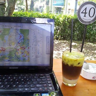 Resep Rahasia Membuat Es Kopi Alpukat Seperti di Cafe