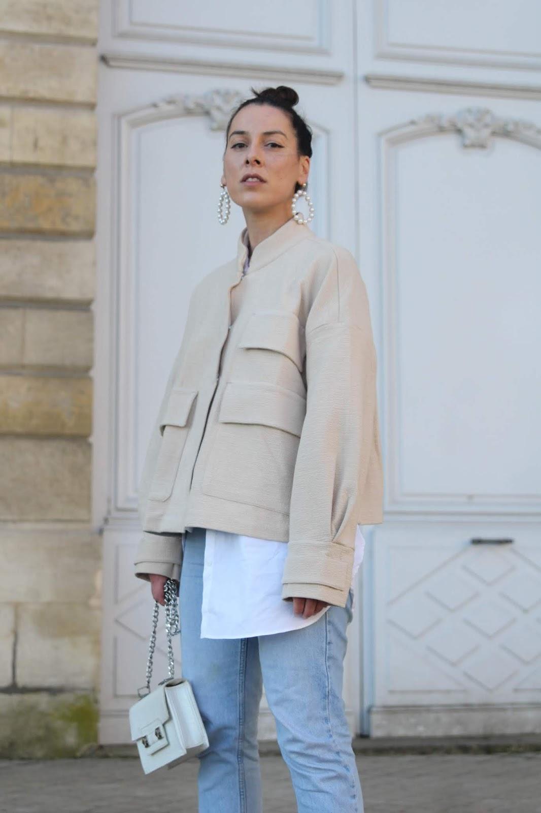La veste oversize beige...