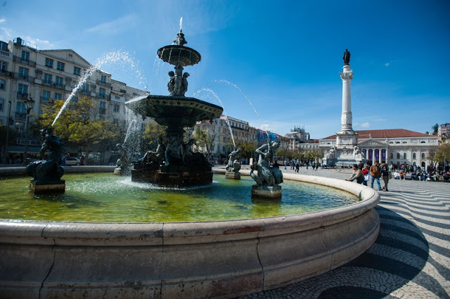 Visita obrigatória à Praça do Rossio
