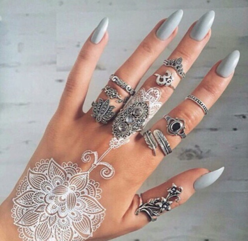 Nail Art  & Henna tattoo