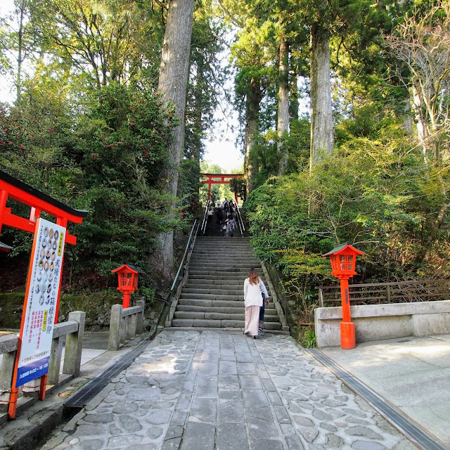 芦ノ湖 箱根神社参道