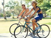 mengecilkan perut buncit dengan bersepeda
