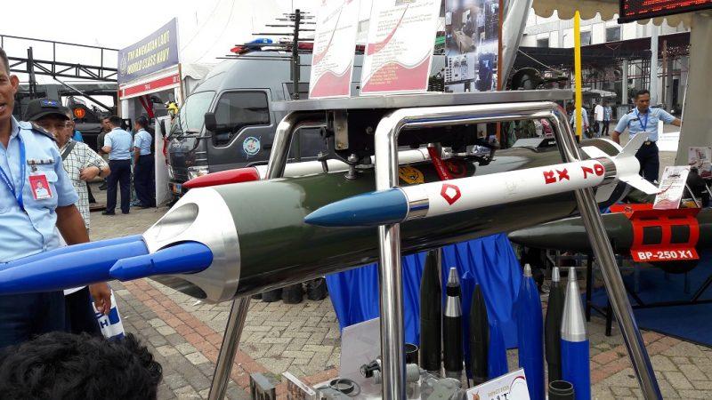 Roket RX70 (Dislitbang TNI AU)