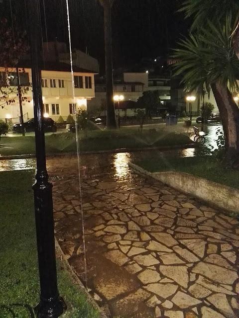 Δήμος Φιλιατών: Ας κλείσει κάποιος το αυτόματο πότισμα