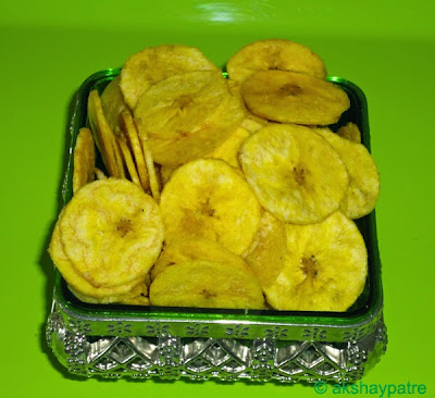 Banana chips ready to serve