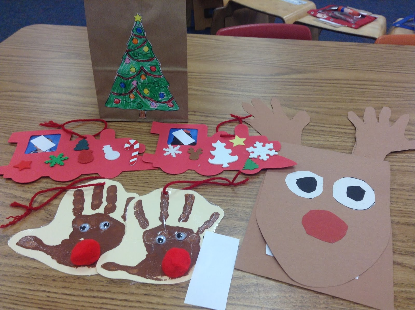 Dr. Clements' Kindergarten : Students Creating Christmas ...