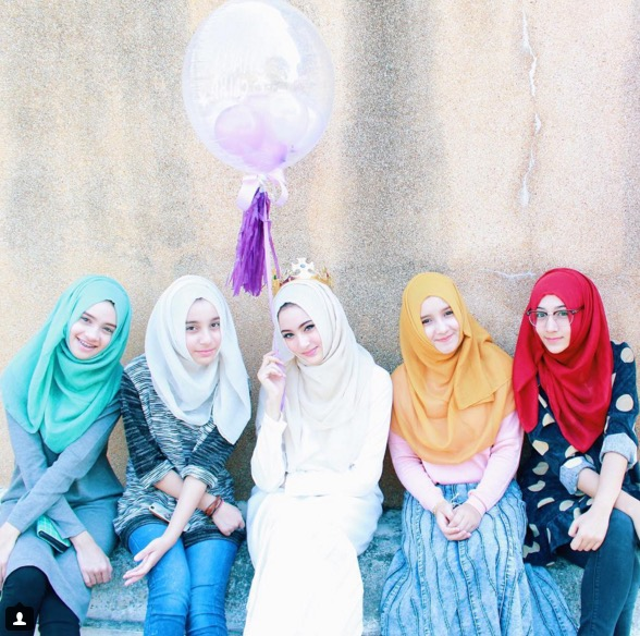 Siapa Hijabista Cantik 5 Beradik Ini?