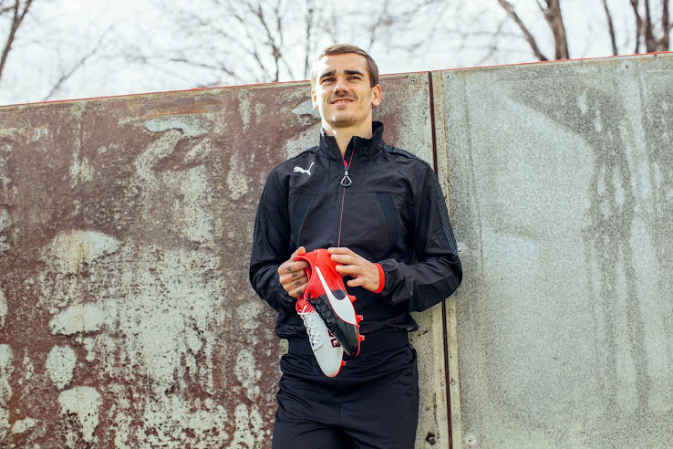 013cbd87309a Two-Colored   Red / Black Puma evoSPEED 2016-2017 Boots Released ...