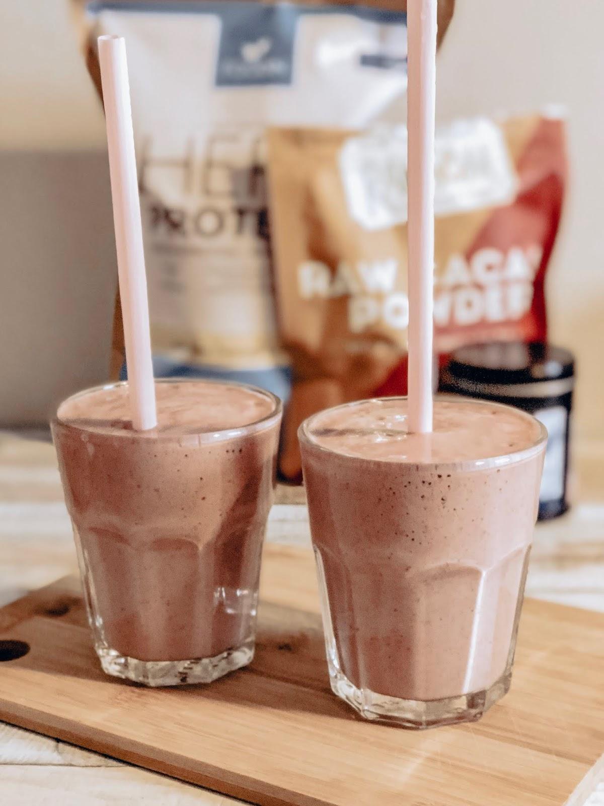 Lakuvadelmasuklaa-smoothie