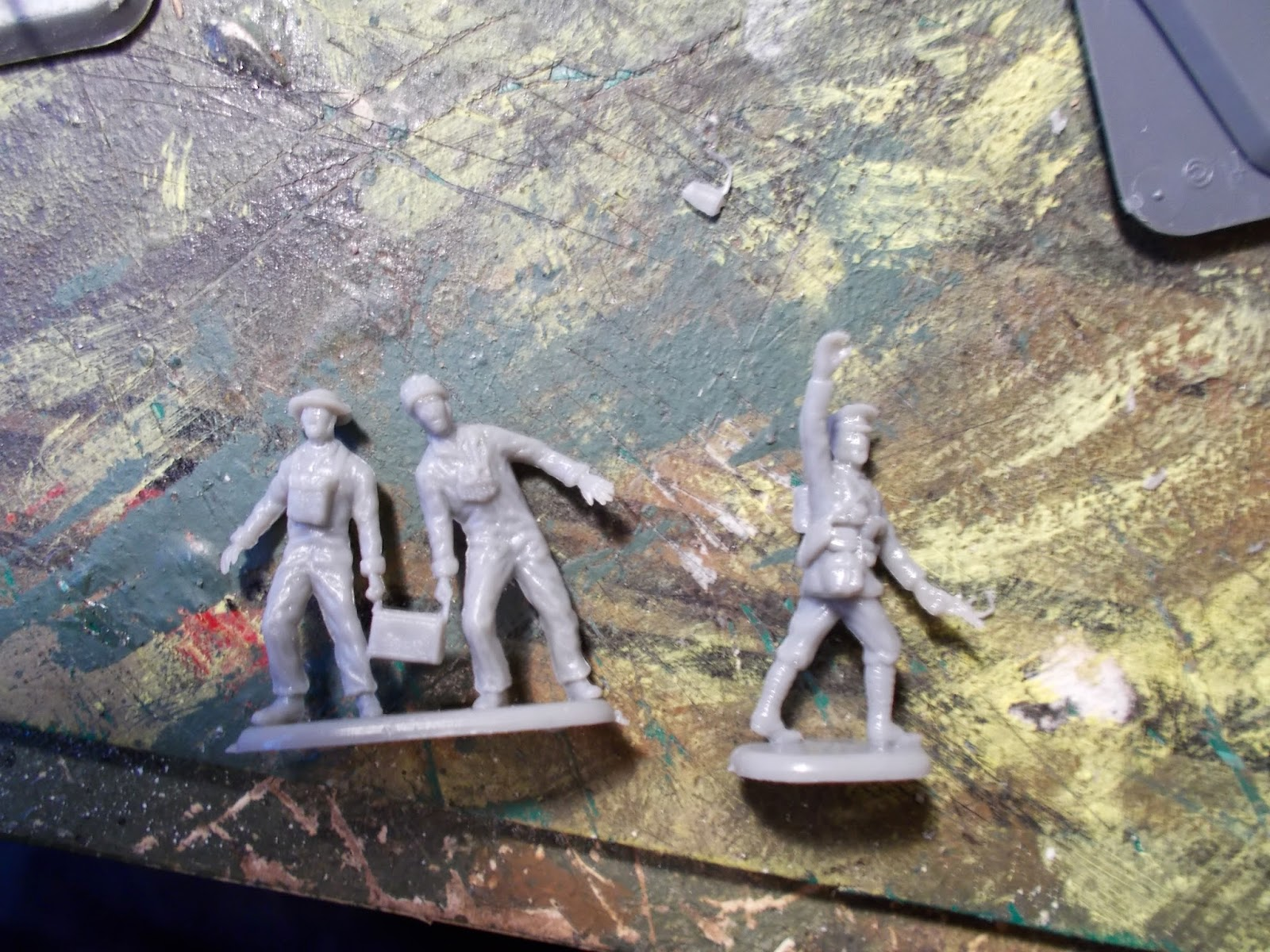 Three of Emhar's plastic First World War British soldiers