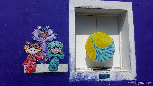 three chinese dolls street art penang