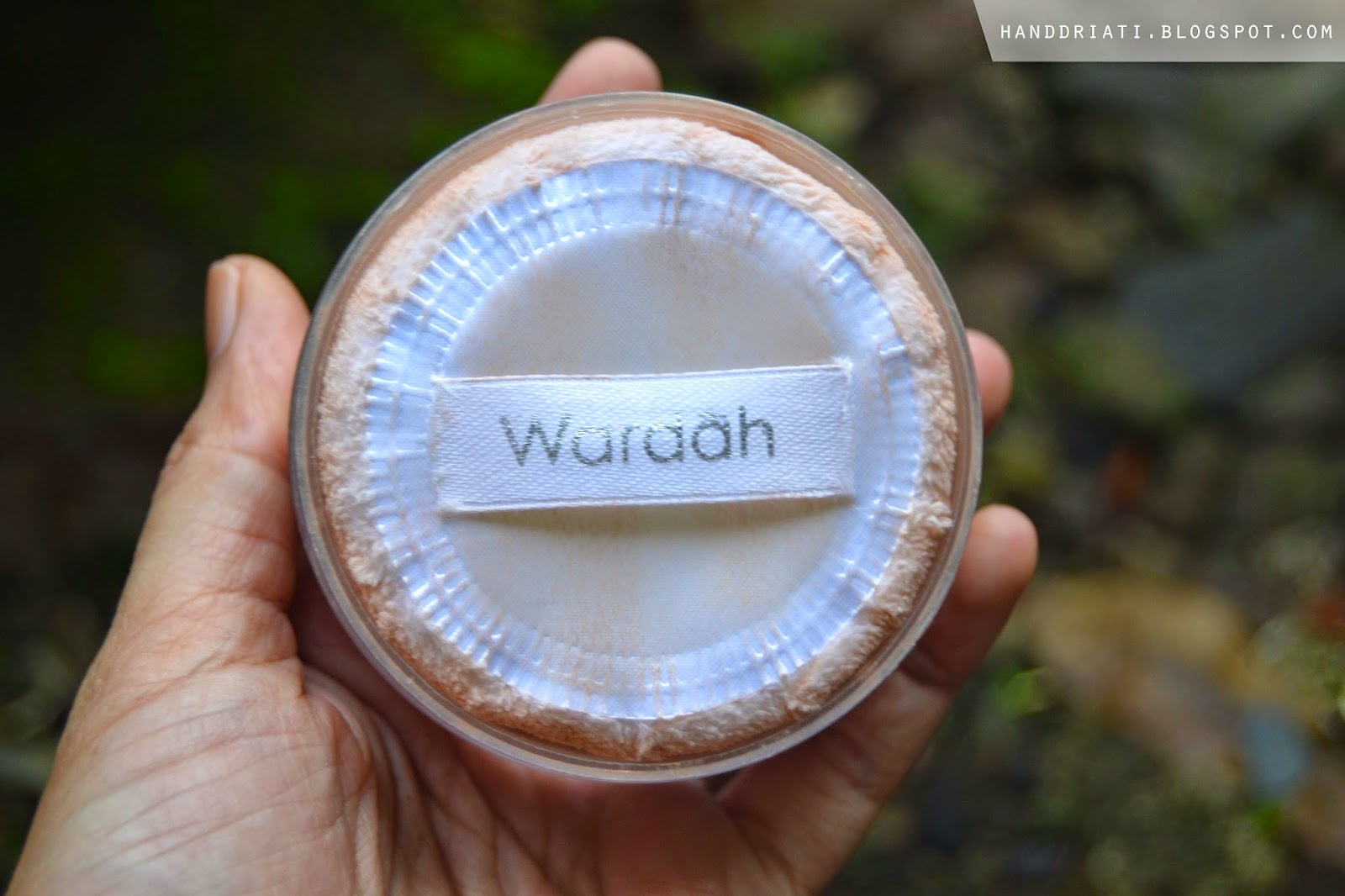 Review Bedak Tabur Wardah Face Powder Acne Series | One
