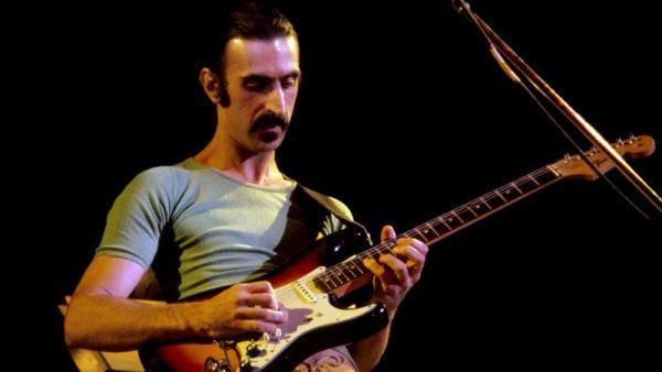 Σε περιοδεία το ολόγραμμα του Frank Zappa