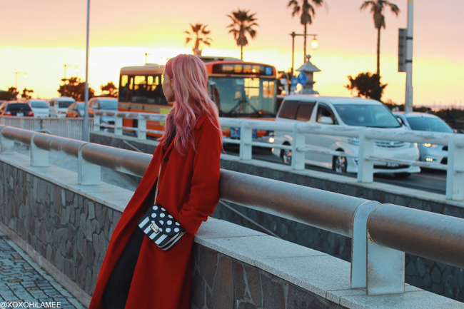 Japanese Fashion Blogger,MizuhoK,2018/01/01OOTD,Michael Kors=Red Coat,UNIQLO=turtle neck knit,GU=glen check pants,CHOIES=laceup boots,Rosegal=polkadot stripes crossbody