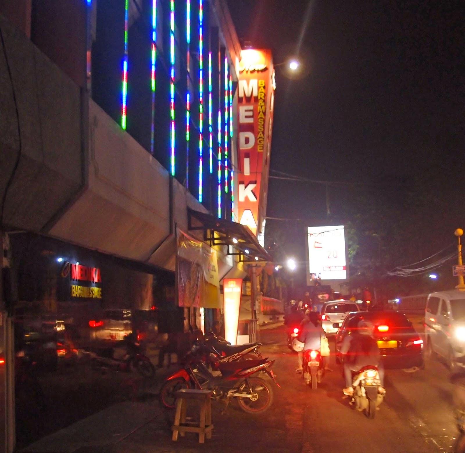 New Medika Bar Massage Daan Mogot Jakarta100bars Nightlife Reviews Best Nightclubs Bars And Spas In Asia