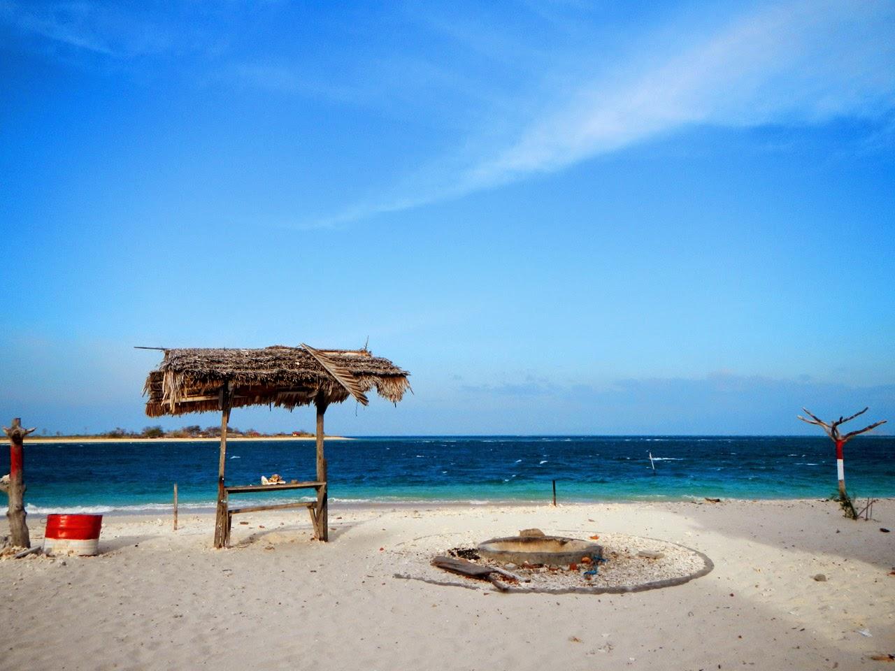 Pantai Indah di Gili Kondo Lombok