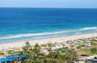 http://www.ozhouserental.com/scarbrorough/scarborough-beach.jpg