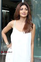 Bollywood Actress Shilpa Shetty Pos in White Gown at The Inauguration Of Shelar Make up Academy  0003.jpg