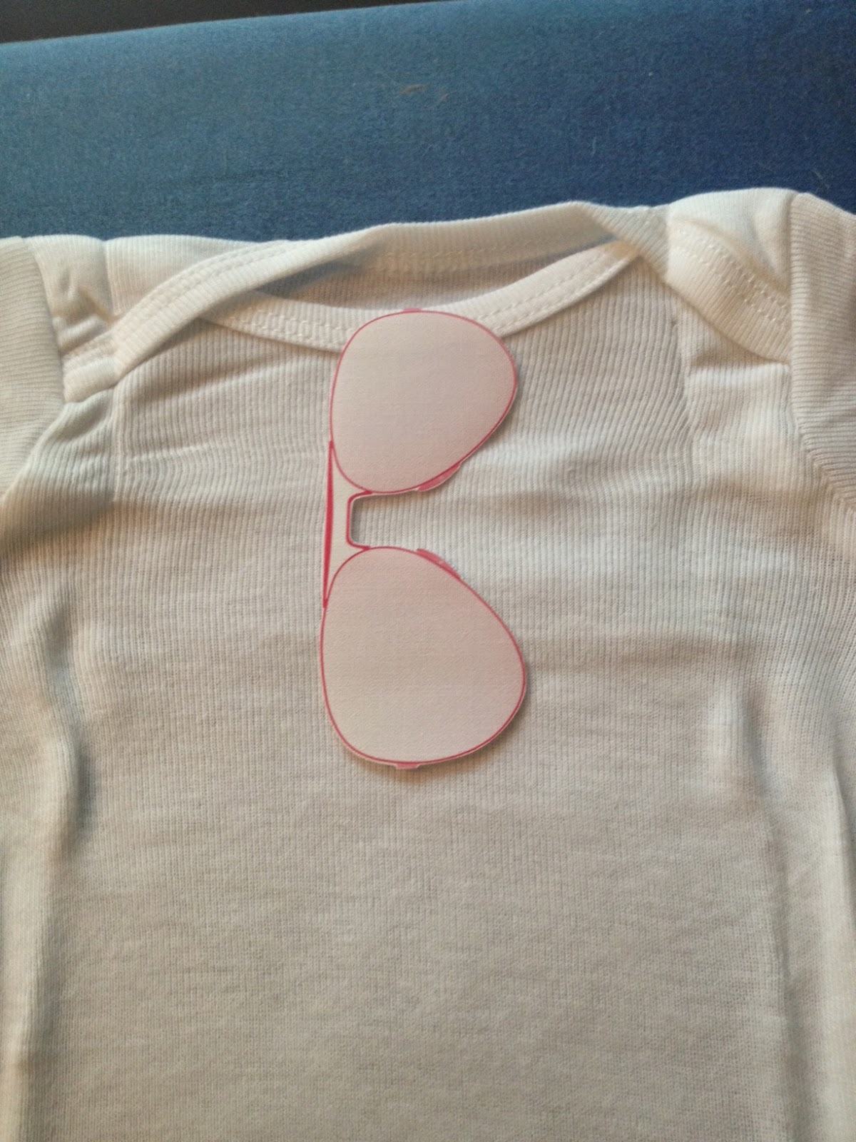 Silhouette, print and cut, heat transfer, iron on, Silhouette tutorial, sunglasses, onesie