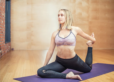 How To Achieve Balance Through Yoga Meditation Techniques