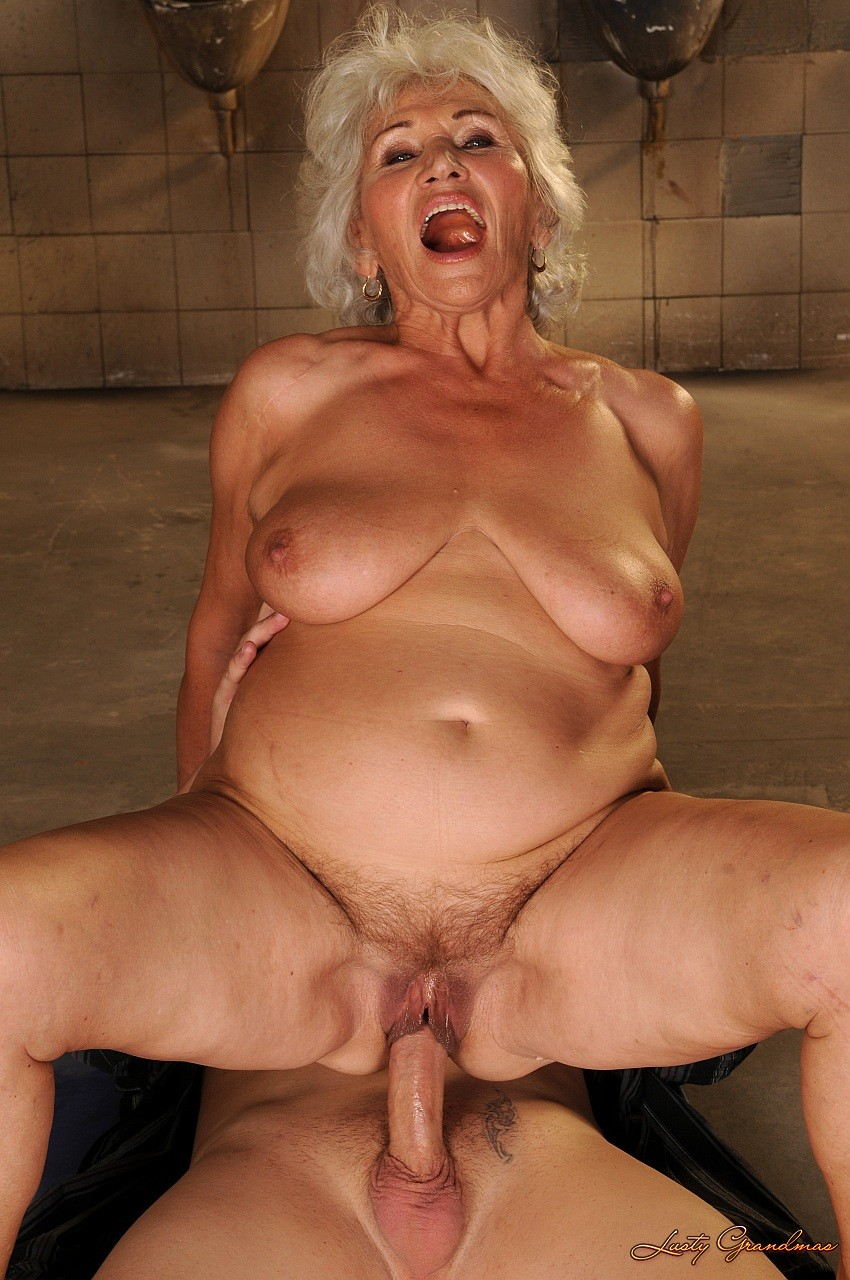 Grannysex Hd