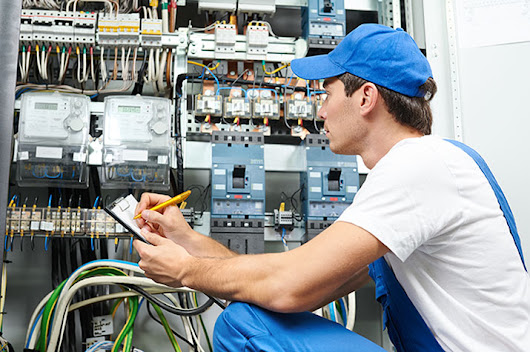 How to Check the Proficiency of an Electrician in Kent