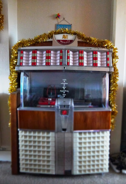 'Ami E 120' 1953 Jukebox